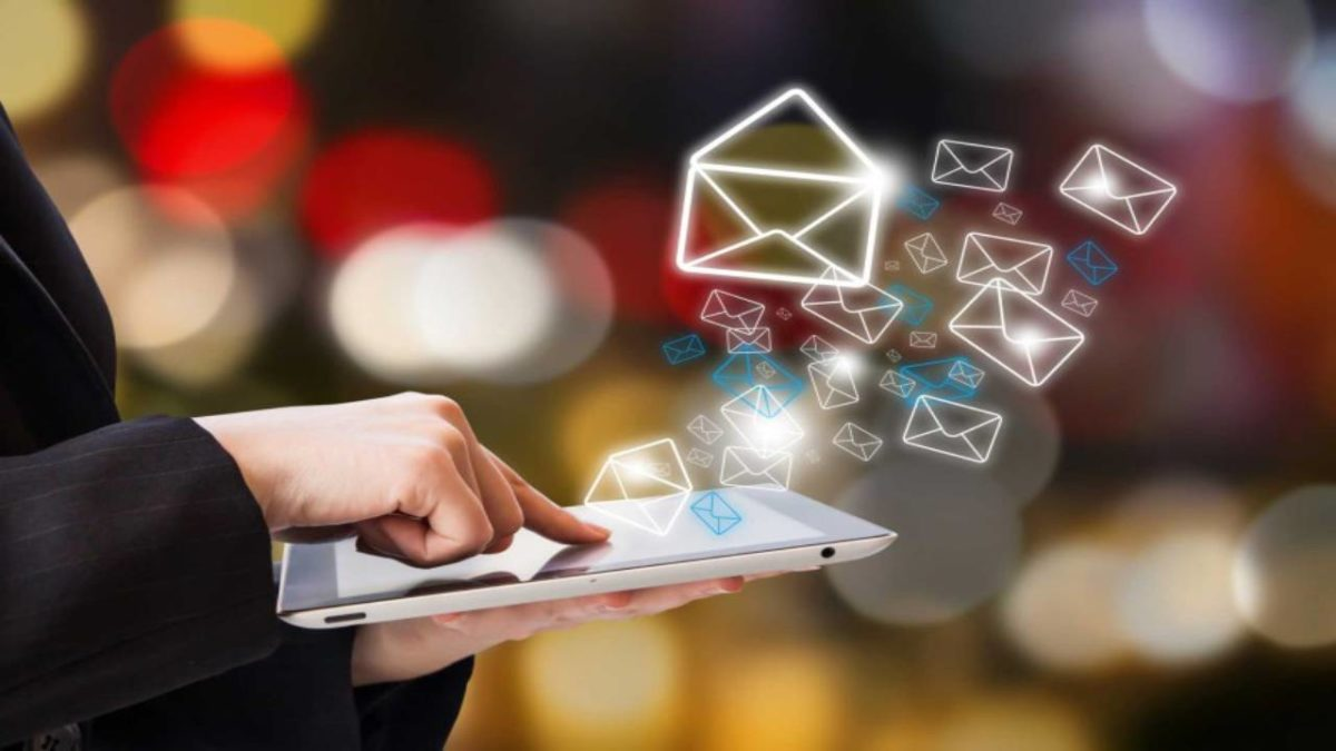 Customer E-mails – Types of Effective Customer E-mails