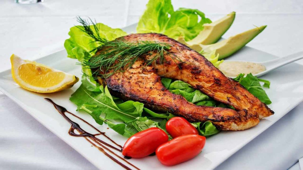 Seafood – Health Benefits, Uses, Poisoning and More