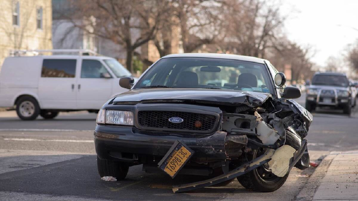 Here's What To Do After a Car Crash