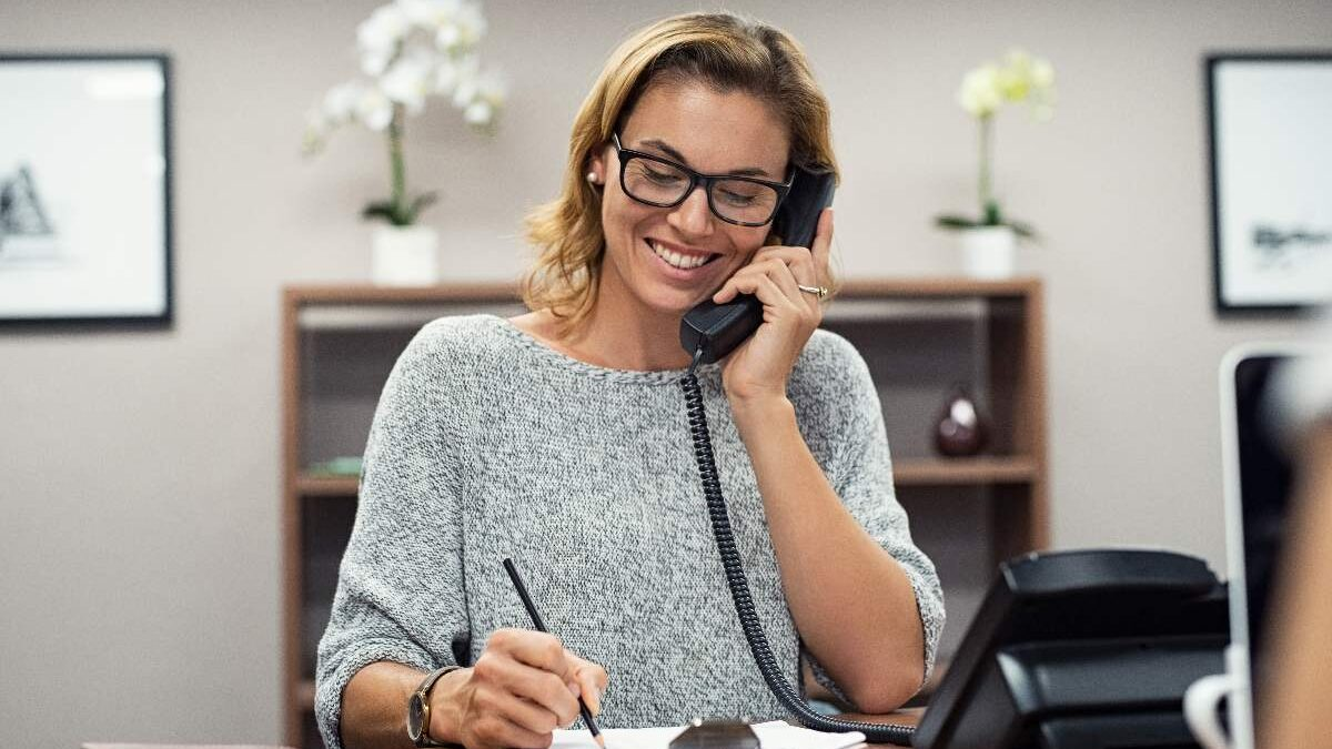 9 Reasons Your Business Needs A Free Local Hotline